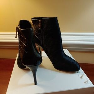 Ann Taylor Robyn Bootie, black calf hair, leather